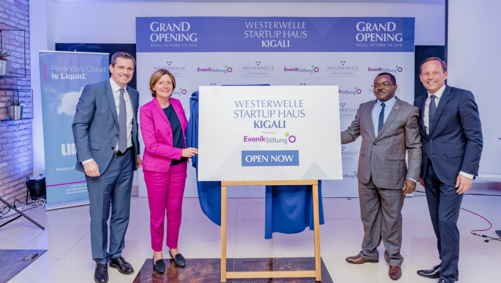 Featured image (left to right): Michael Mronz, chairman of the Westerwelle Foundation, Malu Dreyer, Minister-President of Rhineland-Palatinate, Vincent Munyeshyaka, Minister of Trade and Industry of the Republic of Rwanda and Thomas Wessel, chief human resources officer and labor relations manager of Evonik Industries at the official opening ceremony of the Westwerwelle Startup Haus Kigali