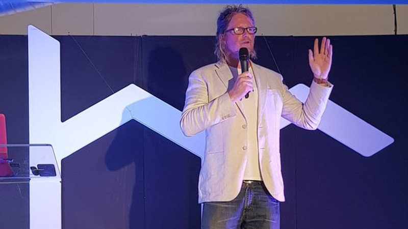 Featured image: Heavy Chef CEO Fred Roed speaking onstage last night at Workshop 17 in Cape Town (Sandras J Phiri via Twitter)