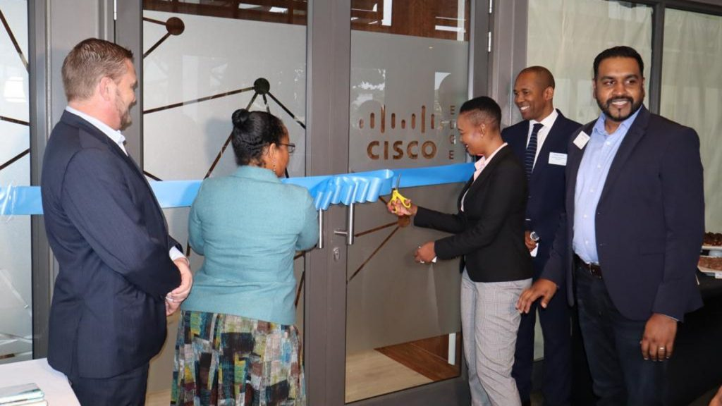 Feature image, left to right: Dube Trade CEO Hamish Erskine, US Consular General Sherry Z. Sykes, Minister of Communications, Telecommunications and Postal Services Stella Ndabeni-Abrahams, Crescendo Management Services CEO Moses Tembe and Cisco sub-Saharan general manager Clayton Naidoo (Supplied)