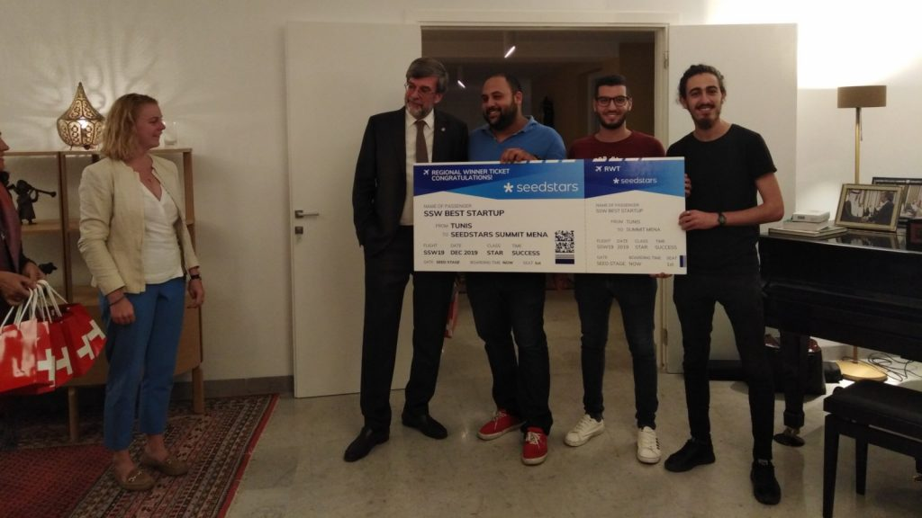Featured image: Members of Seemba's team posing with their Seedstars Tunis prize