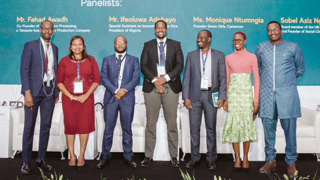 Featured image, left to right: Panelists at youth dialogue on employment challenges and policies at the Africa Economic Conference