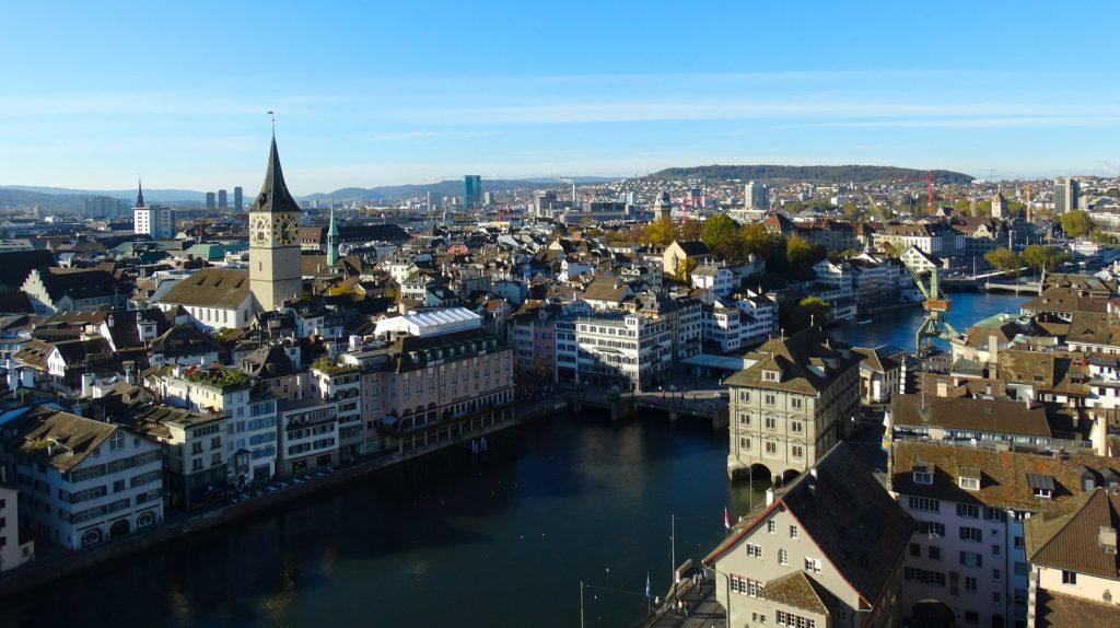 https://pixabay.com/photos/zurich-city-aerial-view-town-center-504252/