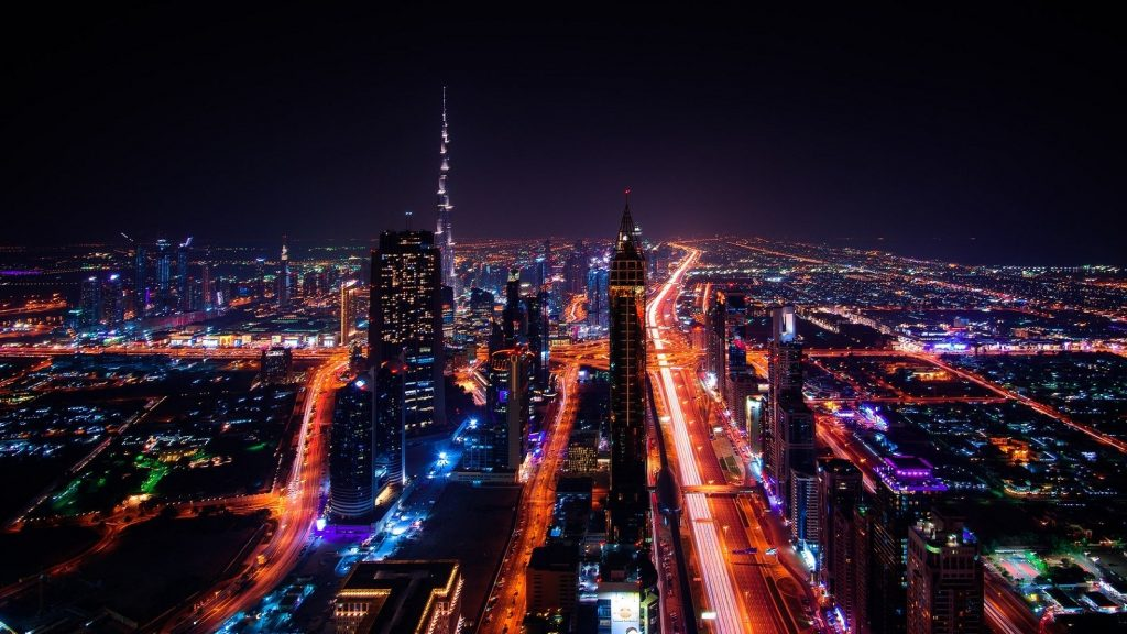 https://pixabay.com/photos/dubai-skyscraper-city-lights-1767540/