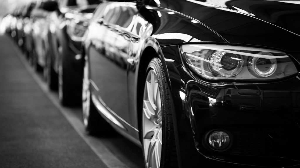 https://www.pexels.com/photo/automobiles-automotives-black-and-white-black-and-white-70912/
