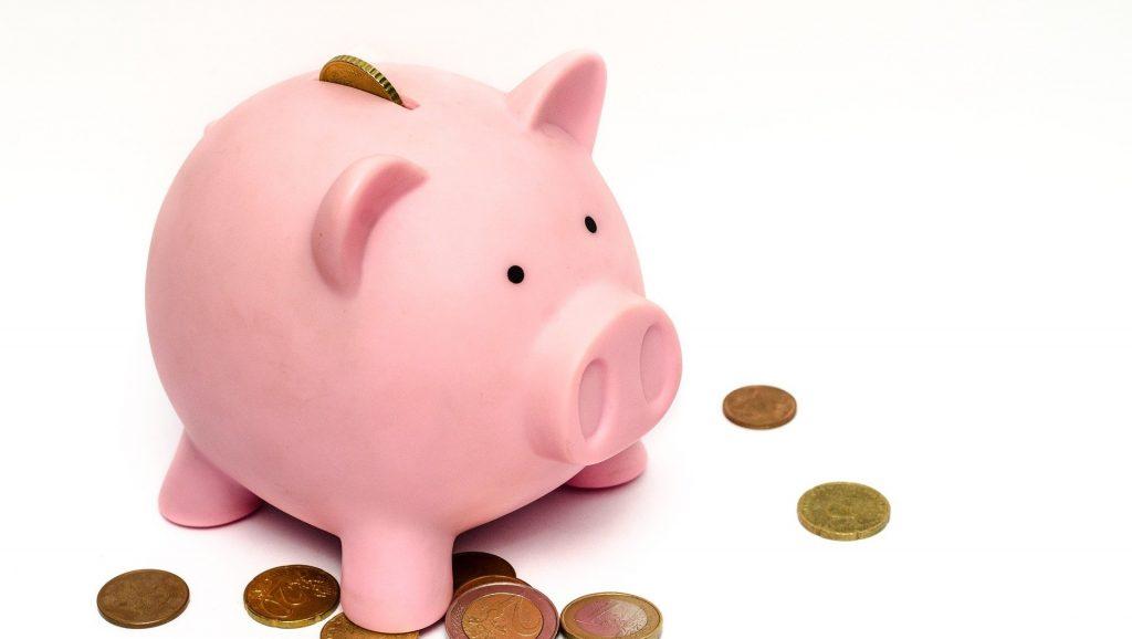 https://pixabay.com/photos/piggy-bank-money-savings-financial-970340/