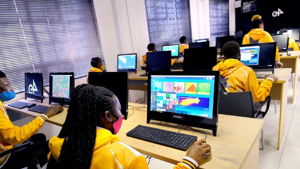 e4 Diepdale secondary school IT training Gauteng South Africa computer centre