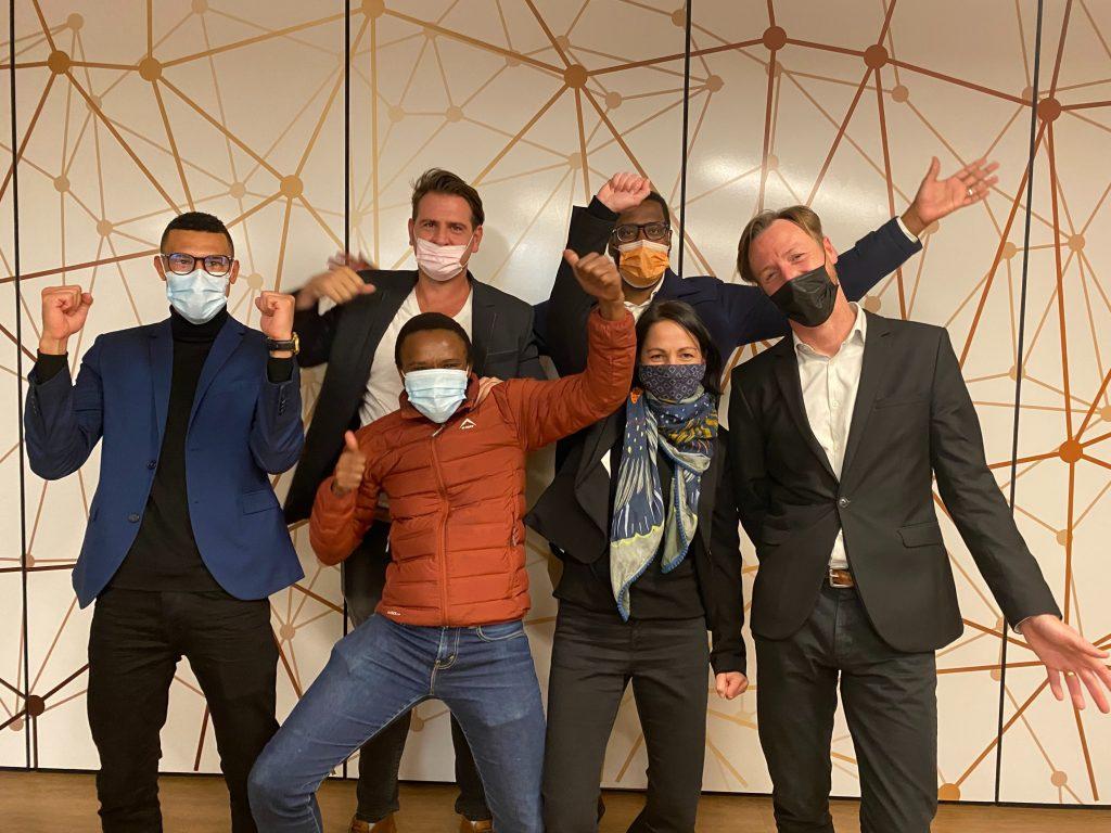 AlphaCode awards R2-million and support to fintech startups - Ventureburn